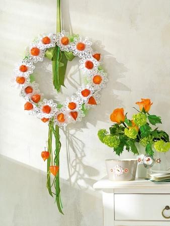 Декоративные кружевные цветы