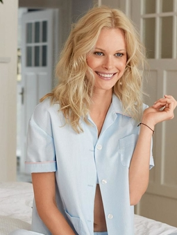 Рубашка со встречной складкой на спинке