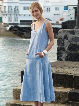 Платье с заниженной талией