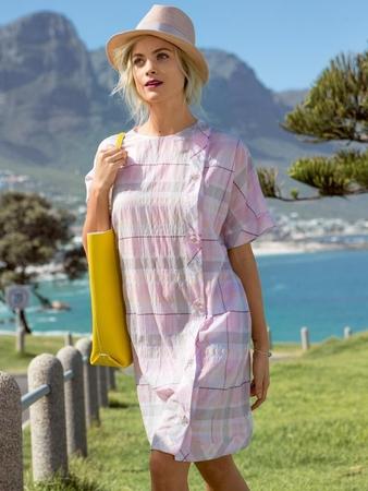 Платье с рукавами кимоно