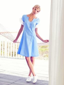Платье расклешенное от талии