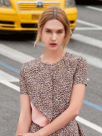 Блузка прямого силуэта
