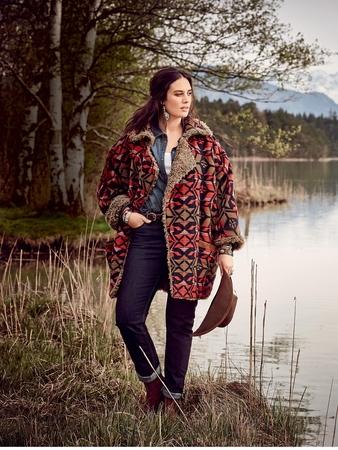 Пальто с меховой подкладкой