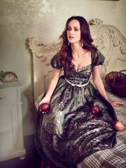 Платье с рукавами-фонариками