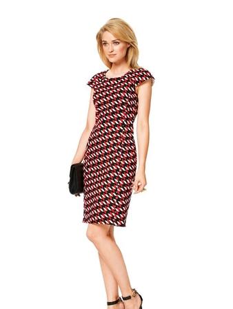 Платье-футляр с рукавами реглан