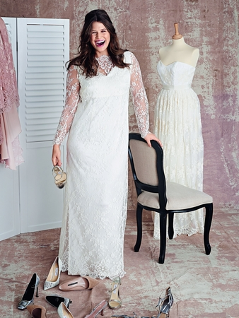 Платье с вырезом горловины лодочкой