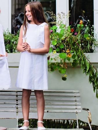 Платье расклешенное без рукавов