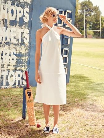 75fc9e97e7e Платье с открытой спиной - выкройка № 119 из журнала 7 2016 Burda ...