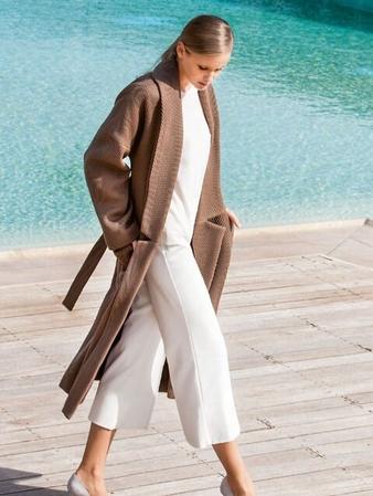 Пальто с удлиненной линией плеч