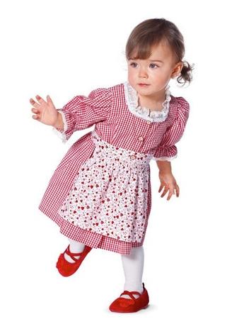 Дирндль: платье и фартук