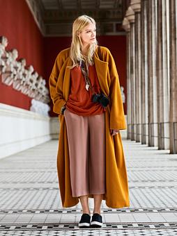 Пальто без подкладки и застежек