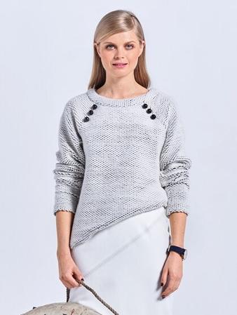 Пуловер с руквами реглан