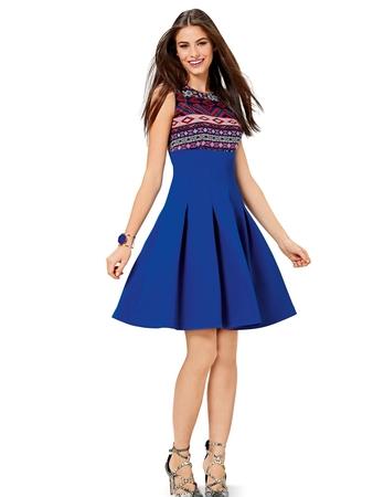 Платье с застроченными складками