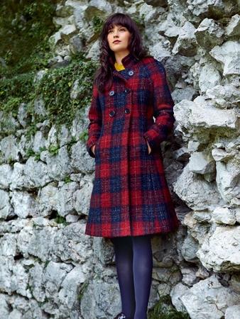 Пальто с двубортной застежкой