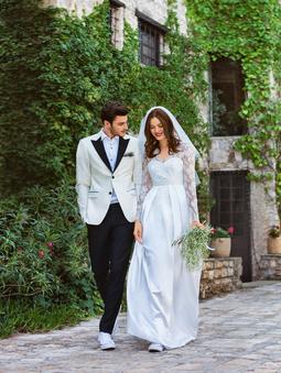Свадебное платье с корсажным лифом
