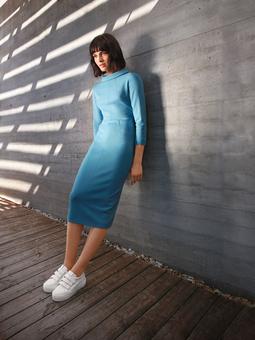 Облегающее платье в стиле 60-х