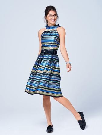 Платье с фигурной планкой