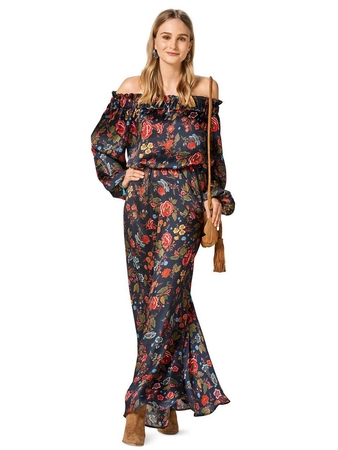 Платье с вырезом кармен