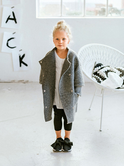 Пальто прямого кроя для девочки