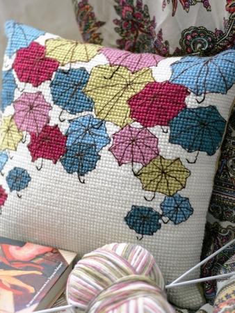 Схема вышивки «Шербурские зонтики»