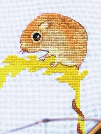 Схема вышивки «Храбрый мышонок»