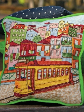 Схема вышивки «Желтый трамвай»