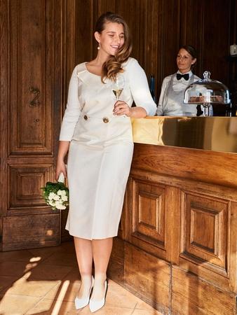 Платье-пальто невесты