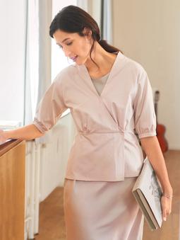 Блузка с запaхом и баской