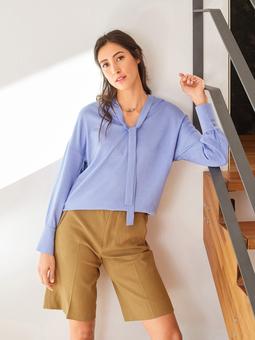 Блузка с застежкой поло