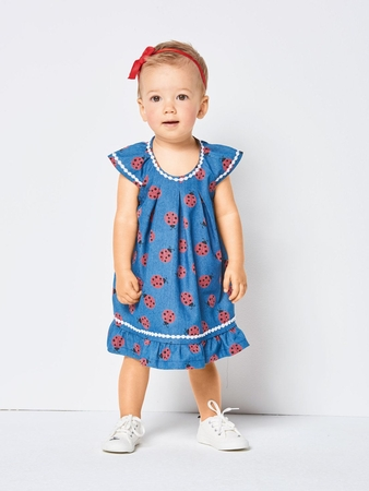 Платье с рукавами-крылышками для девочки