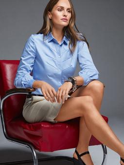 Блузка-рубашка со скругленным низом