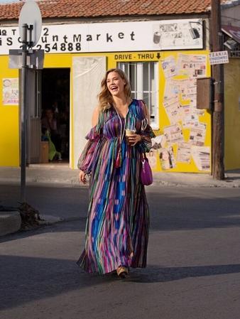 Макси-платье летящего силуэта