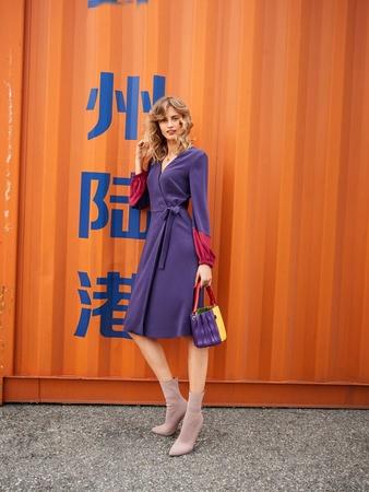 Платье с запахом - выкройка № 117 из журнала 2 2019 Burda – выкройки ... b7bc5943d91f3