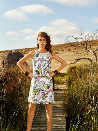 Платье А-силуэта с отделочными планками