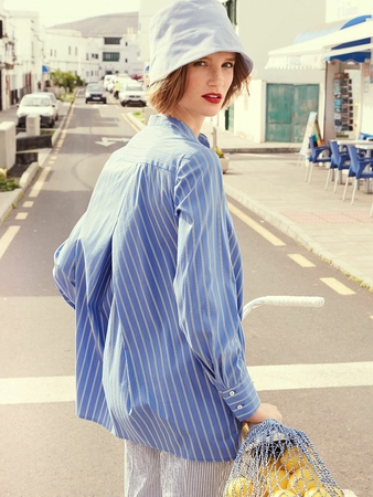 Блузка рубашечного кроя