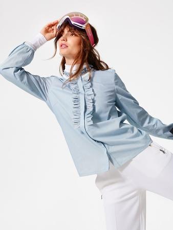 Блузка-рубашка в спортивном стиле