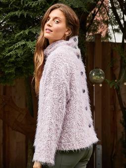 Пуловер с высокм воротником