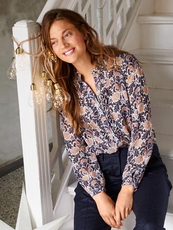 Блузка-рубашка прямого кроя