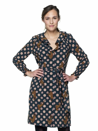 Платье с воротником-воланом