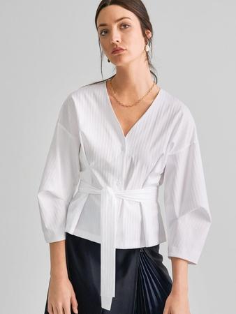 Блузка с обёмными рукавами