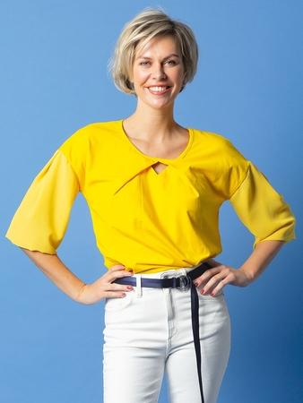 Блузка с двойными рукавами