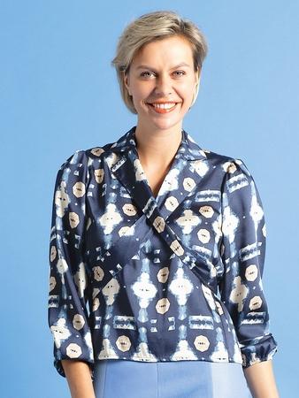 Блузка с оригинальными лацканами