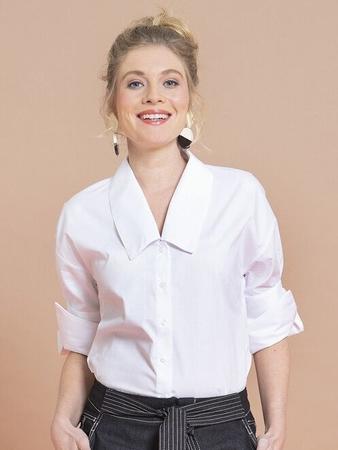 Блузка с широким воротником