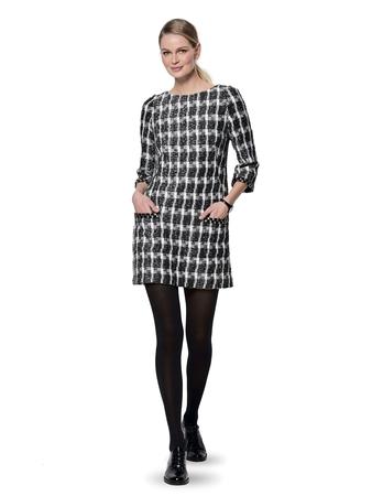 Мини-платье прталенного силуэта