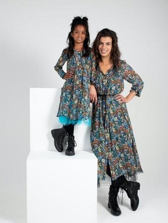 Платье для девочки с нижней юбкой