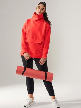 Модель пуловера