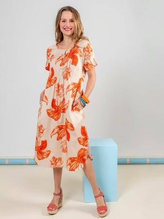 Платье свободного кроя с имитацией пластрона