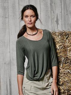 Пуловер с рукавами реглан и драпировкой