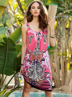 Платье со сборочкой вдоль горловины