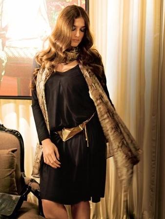 Платье и шаль